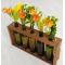 Деревянная ваза из винных бутылок